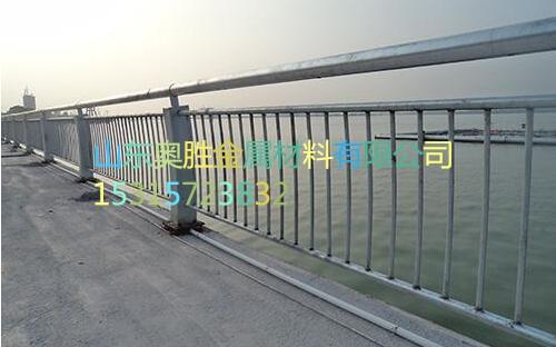 哈密不锈钢桥梁护栏批发厂商